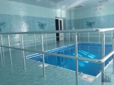 Перила и поручни из нержавеющей стали для бассейнов